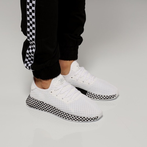 0301e4364 adidas Shoes - Adidas DeERUPT Runners size 6 brand new